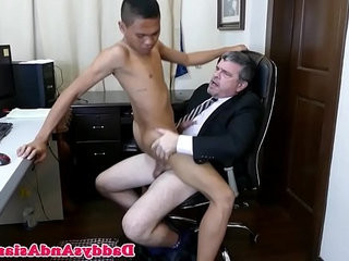 Asian twink blows his american boss | american   asian   boss   feet top   twinks