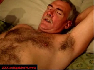 Amateur gay gives an old man a blowjob | amateur   blowjobs   gays tube   gives   hairy guy   man movie