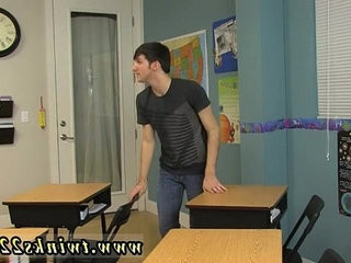 Video young emo gays The lovely folks were told by their teacher to | emos hot   folks   fucking   gays tube   teacher   young man
